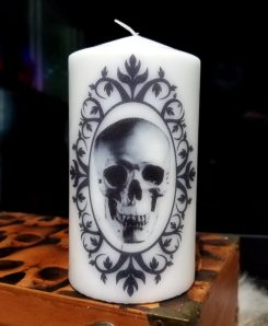 Candle-Large-Gothic-Horror-Decor-Skull-Candle