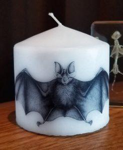 Candle-Pillar-Gothic-Bat-Horror-Decor