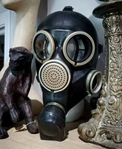 rubber-Gas-Mask-Black-Soviet-Russian