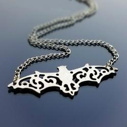 Bat-Pendant-Necklace-Gothic-Jewelry