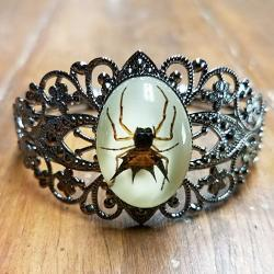 Real Insect Jewelry, Spider Bracelet, Gothic Jewelry, Insects in Resin