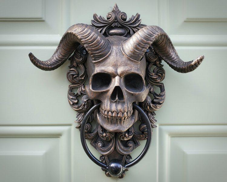 Horned Skull Door Knocker, Brass Skull Door Knocker, Gothic Décor