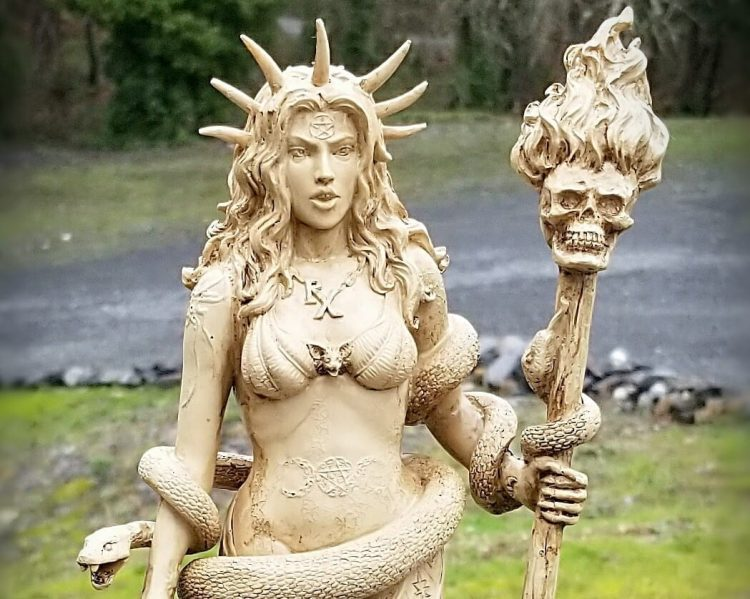 Hecate Statue, Hecate Goddess Statue, Altar Statue