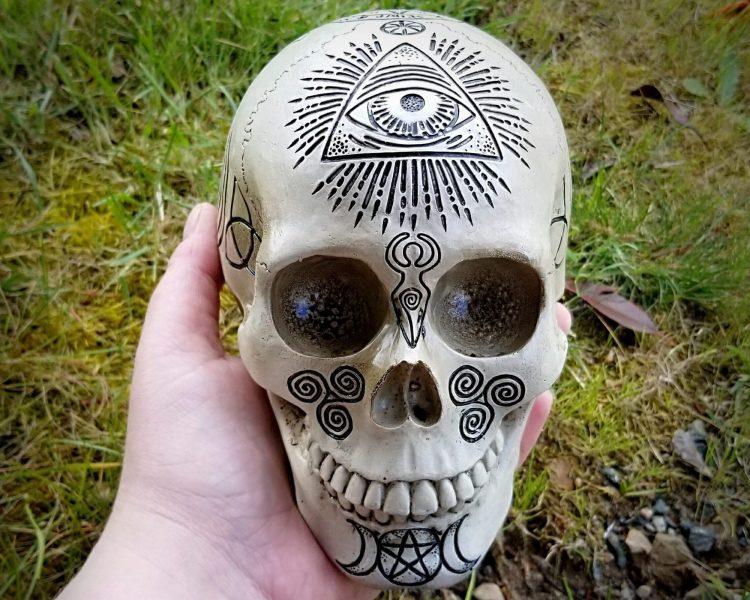 Witchcraft Skull, Altar Skull, Wicca Skull